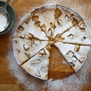 Baked Apple Gingerbread Pancake