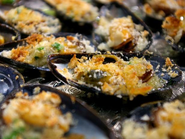 Hot Mussels