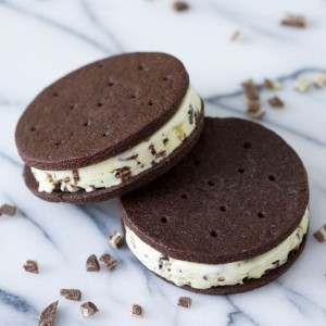 Creme de Menthe Ice Cream Sandwiches