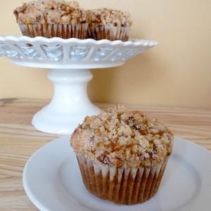 Pumpkin and Cream Cheese Muffins with Pecan Steusel