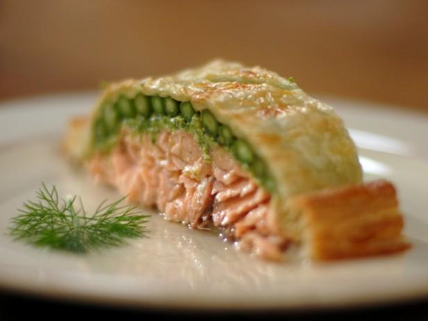 Salmon <br> en Croute<br>