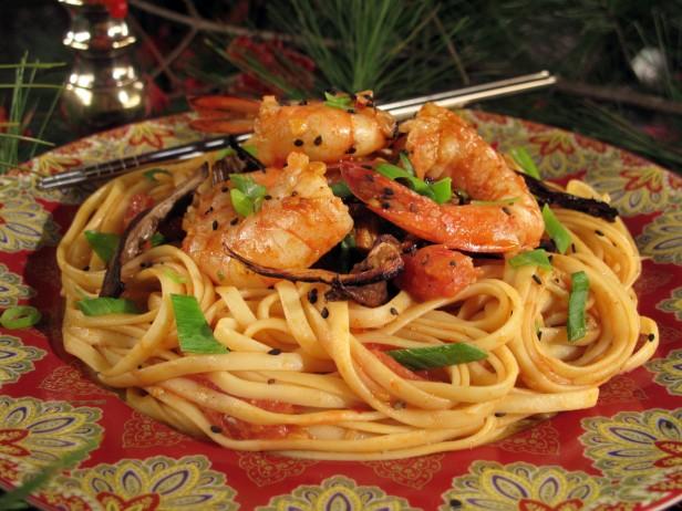 Spicy Szechuan Shrimp Linguine