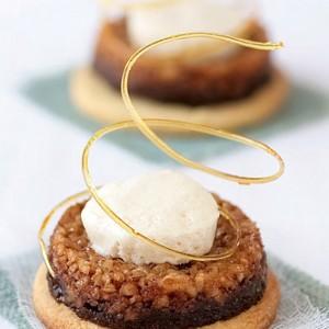 Hazelnut Tartelettes with Spiced Crème Fraiche Parfait