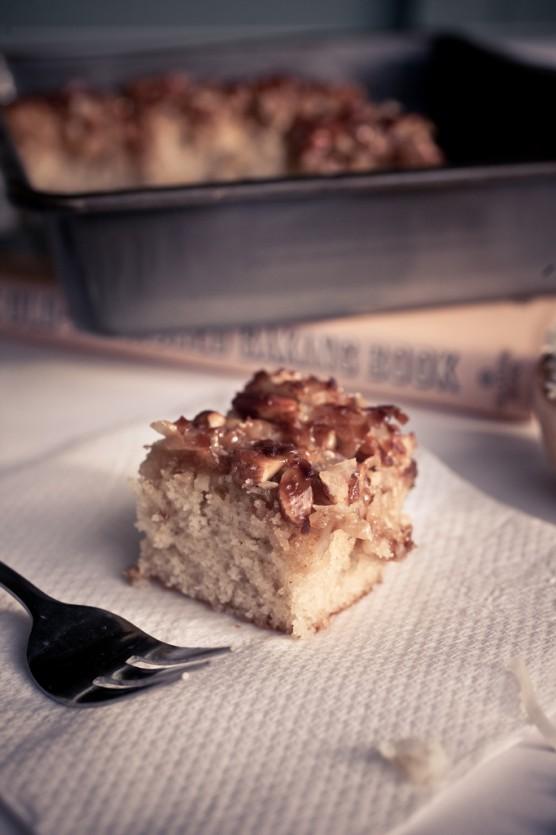 Golden Crunch Cake
