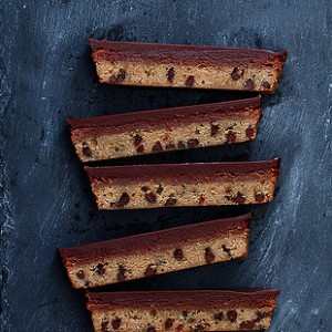 Chocolate Chip Nutella Cheesecake Bars