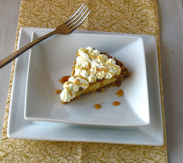 Caramel Apple Cream Cheese Pie
