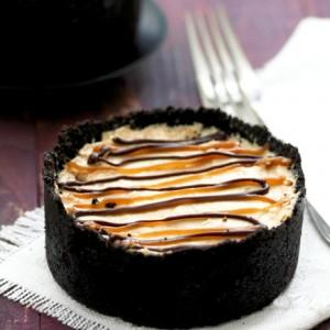 Frozen Reese's Peanut Butter Pie