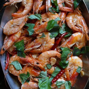 Dried Pepper-Butter Shrimp