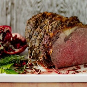 Boneless Rib Roast with Garlic and Herbs