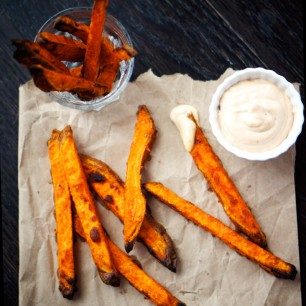 Crispy Yam Fries with Chipotle Aioli
